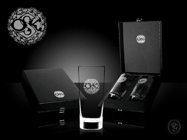 allround glas med ÖSK logo