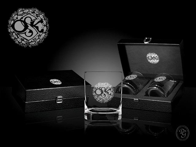 whiskeyglas med ÖSK logo